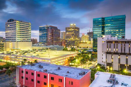 Ft. Lauderdale, Florida, USA downtown cityscape at dusk. Фото со стока