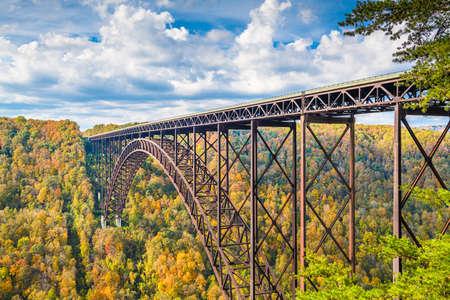 New River Gorge, West Virginia, USA with the bridge in autumn. Zdjęcie Seryjne