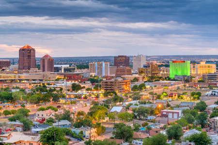 Albuquerque, New Mexico, USA downtown cityscape at twilight. Banco de Imagens