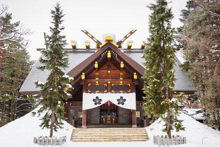 Kamikawa Shrine during winter in Asahikawa, Hokkaido, Japan. 新聞圖片