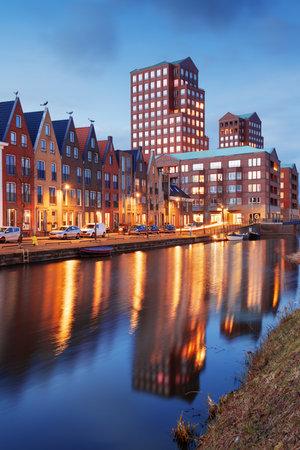 Amersfoort, Netherlands cityscape in the Vathorst district at twilight. 新聞圖片