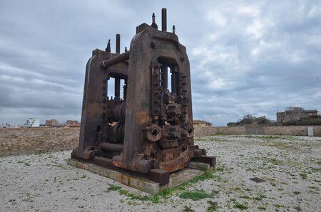poleas: Maquinaria industrial enorme