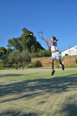 ouside: Tennis in a beautiful day