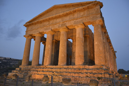valley of the temples: View of the temple of Concord at Agrigento Stock Photo