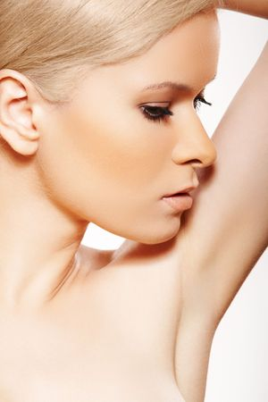 Close-up side view of beauty with clean skin & naturel make-up Stock Photo - 8574351
