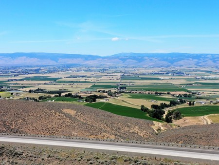 sagebrush: Farmlands in desert