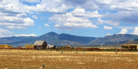 outbuilding: Summer in a desert highland town in the west Stock Photo