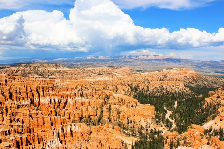 Storm clouds develop in the sky at Inspiration Point in Bryce Canyon, Utah Stock Photo