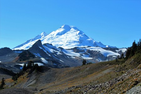 A stunning view of an active volcano, Mount Baker in the North Cascades