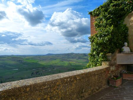 Looking At Toscanna