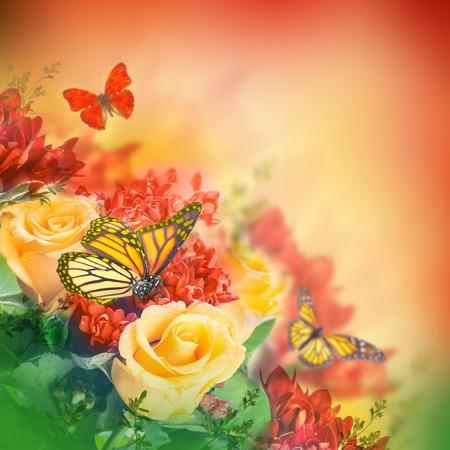 borde de flores: Ramo de rosas amarillas, mariposa