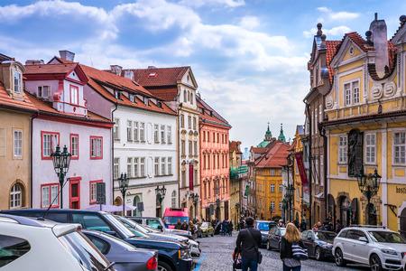 Praag is de hoofdstad van de Tsjechische Republiek, de Europese staat. Historische bezienswaardigheden. Stockfoto - 83233604