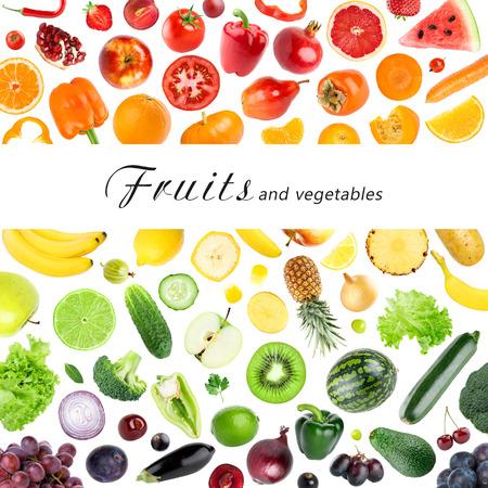 comiendo frutas: Colección de frutas y verduras en el fondo blanco. Los alimentos frescos