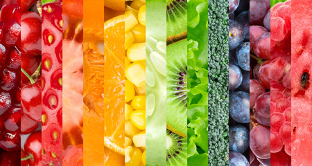 Healthy food background. Collection with different fruits, berries and vegetables Standard-Bild