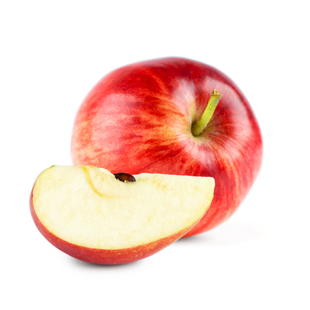 manzana roja: Primer plano de la manzana roja sobre fondo blanco