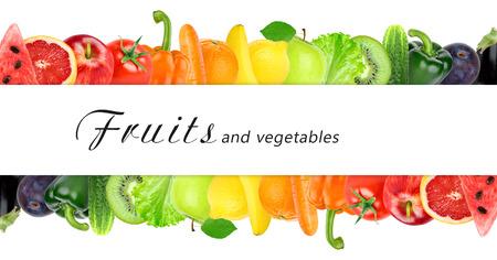 fruta: Frutas frescas y verduras de color. Concepto de alimentos saludables Foto de archivo