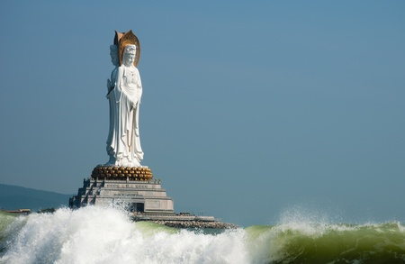 108 m sea view sound, in nanshan cell, also is Wan nanshan buddhist culture