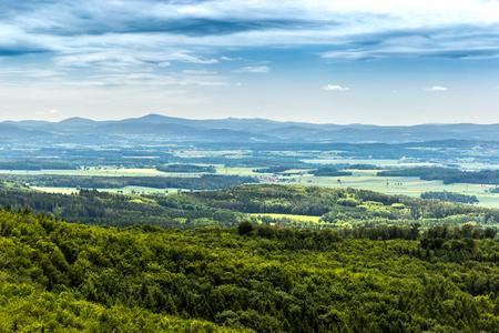 Panoramasicht auf Südböhmen und die umliegende Landschaft, Tschechien. Standard-Bild