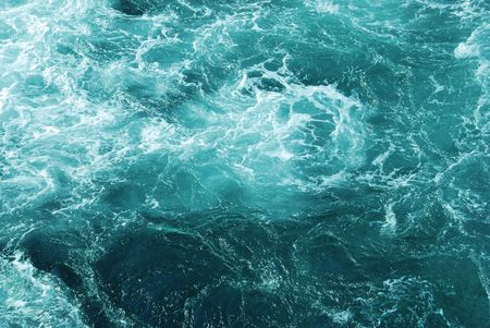 ebullient: Sea waves and bubbles generated by the ship