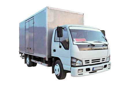 camion: Camioneta blanca en blanco aislado en un fondo blanco