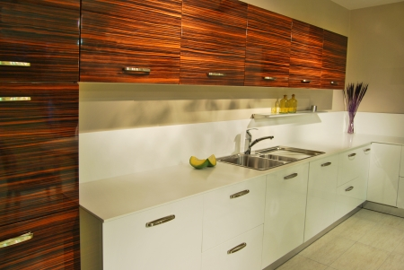 countertops: This is a modern and beautiful kitchen