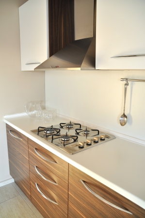 stainless steel range: This is a modern and beautiful kitchen