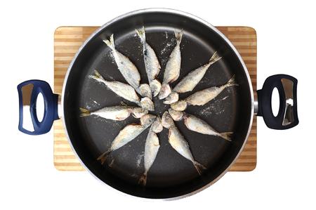 pan ready to cook fresh raw fish Stock Photo - 24415916