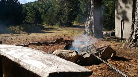 hoguera fogata humo