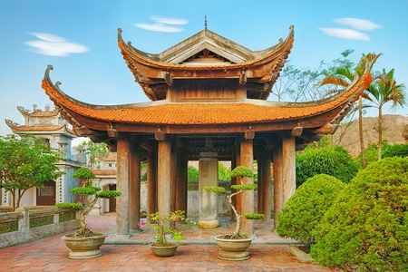 Oriental chinese traditional red temple landscape, Asia Banco de Imagens