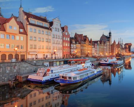 stare miasto: Gdansk Long Bridge embankment with ship and Zuraw Crane at twilight, Baltic coast, Poland Stock Photo