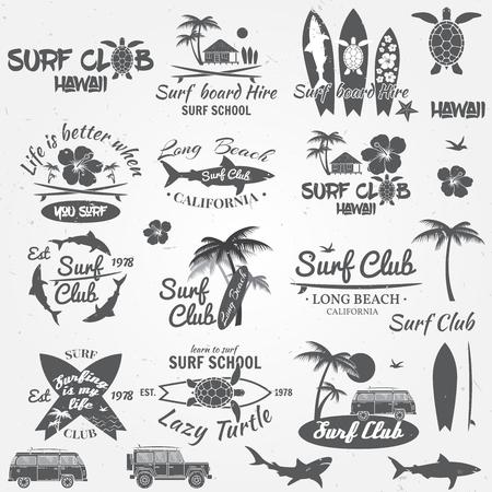 Conjunto de insignias y etiquetas de época retro. Para el diseño web, interfaz móvil y la aplicación, también es útil para la infografía. club de la resaca y de escuela de surf. Ilustración del vector.
