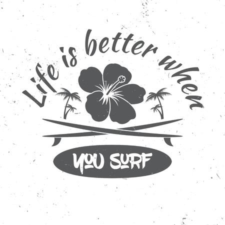 bordo noleggio Surf concetto. Vector Estate surf retrò distintivo. Concetto di navigazione per la camicia o di un logo, di stampa, di bollo. Surf icona del design. - Magazzino vettoriale.