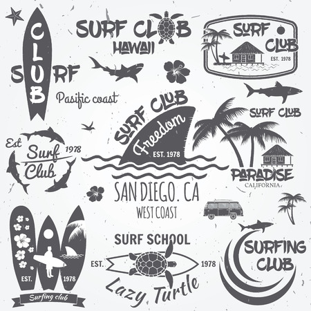surfboard fin: Set of retro vintage badges and labels. For web design, mobile and application interface, also useful for infographics. Surf club and surf school design.
