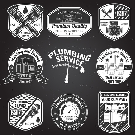 plumb: Set of retro vintage badges and labels. Plumbing service design. Elements on the theme of the plumbing service business. Vector illustration.