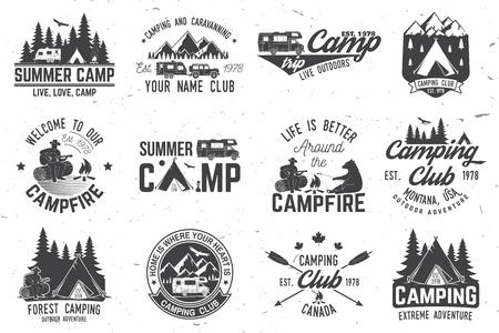 Camp d'été. Illustration vectorielle. Concept pour chemise ou logo, impression, timbre ou tee. Banque d'images - 77630004