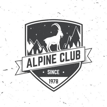 氷斧、ロック クライミングのヤギと山のシルエットとビンテージのタイポグラフィ デザイン。