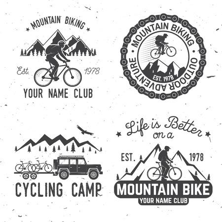 Ensemble de clubs de vélo de montagne.