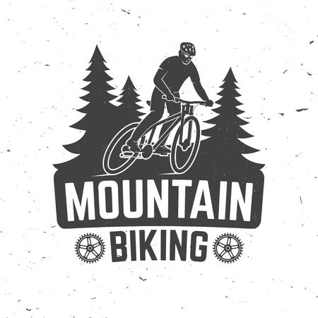 人間乗馬自転車とフォレスト シルエットのヴィンテージは、タイポグラフィ デザイン。