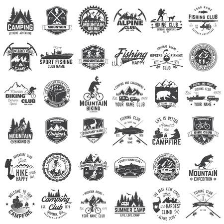 Set di distintivi di avventura estrema. Concetto per camicia o logo, stampa, timbro o tee.