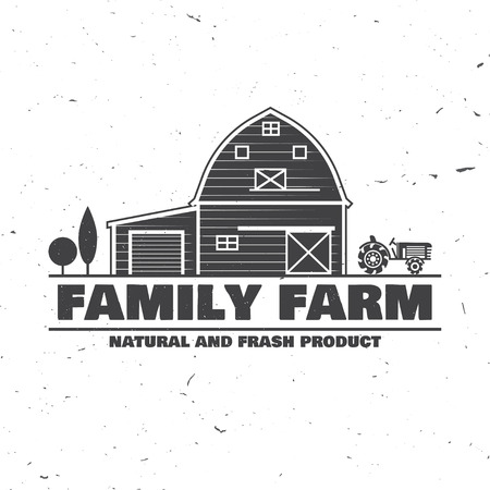 Family Farm Badges or Labels. Vector illustration. Vintage typography design with farm and tractor silhouette. Elements on the theme of the farming business. Иллюстрация