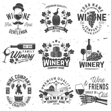Conjunto de placa, letrero o etiqueta de la empresa de vinos. Ilustración vectorial. Ilustración de vector