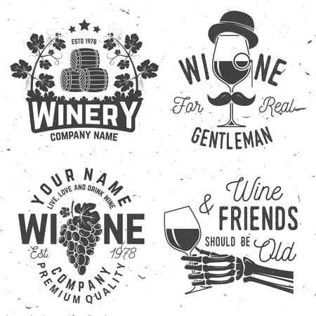 Set of wine company badge, sign or label. Vector illustration. Vintage design for winery company, bar, pub, shop, branding and restaurant business. Coaster for wine glasses Vectores