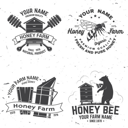 Set of Honey bee farm badge. Vector. Concept for shirt, stamp or tee. Vintage typography design with bee, hive and bear beekeeper silhouette. Retro design for honey bee farm business 스톡 콘텐츠 - 124619942