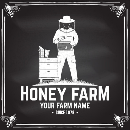 Honey bee farm badge. Vector. Concept for shirt, print, stamp or tee. Vintage typography design with hive and beekeeper silhouette. Retro design for honey bee farm business Иллюстрация