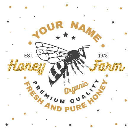 Honey farm badge. Vector. Concept for shirt, print, stamp or tee. Vintage typography design with bee silhouette. Retro design for honey bee farm business. Fresh and pure honey 向量圖像
