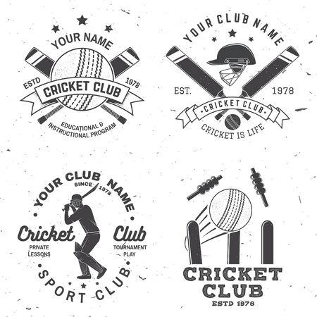 Ensemble de badges de club de cricket. Vecteur. Concept pour l'impression, le timbre ou le tee. Conception de typographie vintage avec batteur de cricket, balle, guichet, caution et silhouette de casque. Modèles pour club de sport.