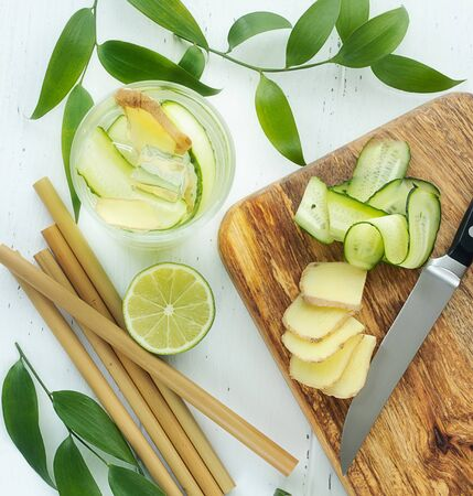 preparation of ginger water for weight loss from ginger, water, lime and cucumber