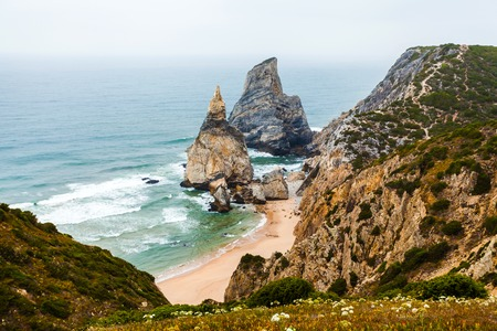 Ursa Beach - Punto di vista sulla costa del Portogallo vicino a Cabo da Roca, Capo Roca. Sintra