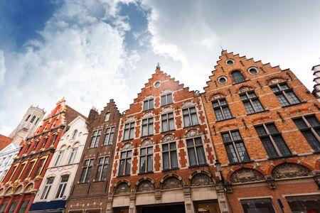 Noordzand street with Flemish houses, Bruges, Belgium Reklamní fotografie - 133816100