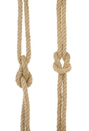fixed line: cuerdas de la nave con el nudo aisladas sobre fondo blanco